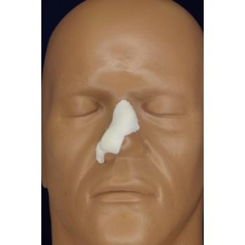 Маленький разбитый нос
